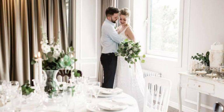 Svatební podvazek – třešnička na dortu krásy každé nevěsty, my známe někoho, kdo je vyrábí kvalitně a s láskou!