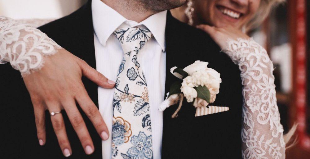 015b04880fa Čím doladit outfit ženicha  Spoustu možností nabízí ručně šité kravaty a  motýlky od Bubibubi ties