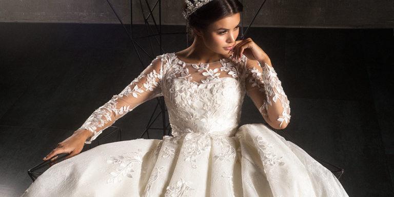 Chcete nahlédnout do trendů svatebních šatů roku 2019? Navštivte mezinárodní svatební veletrh Wedding Fashion Prague