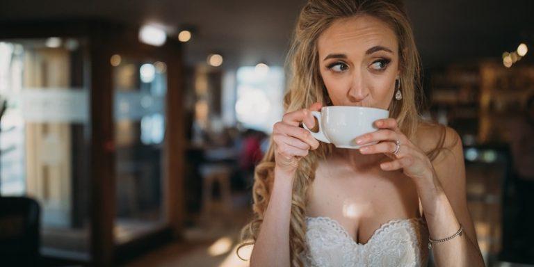 Široká a zajímavá nabídka svatebních a společenských šatů v salonu ŠATY GO HOME
