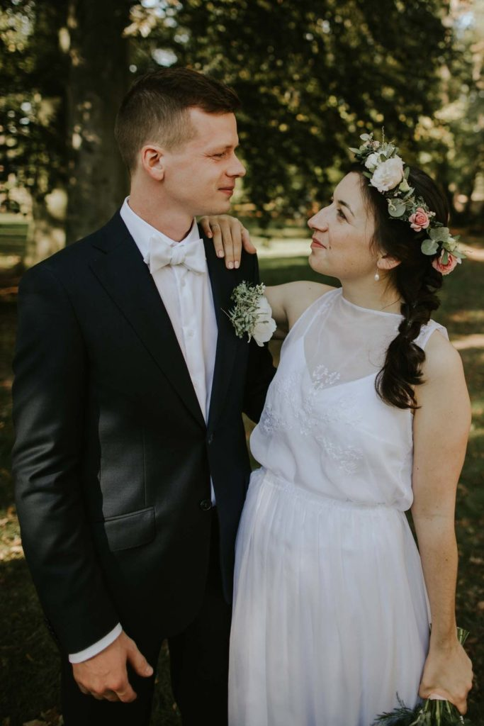 bea8335ab180 Originální a variabilní svatební šaty se značkou Veršatyl jsou stále ...