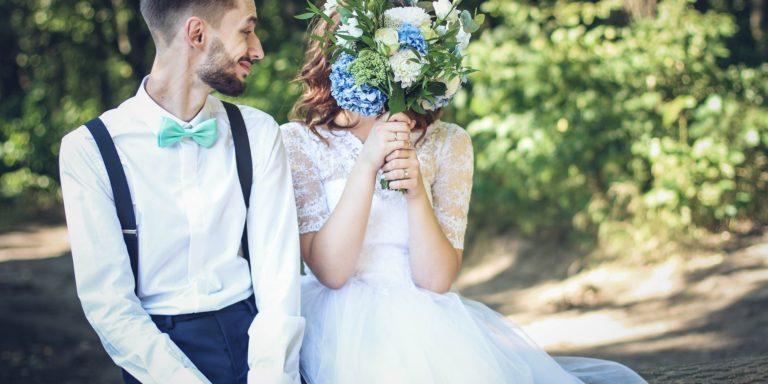 Víme, jaké svatební dorty budou hitem v roce 2019!