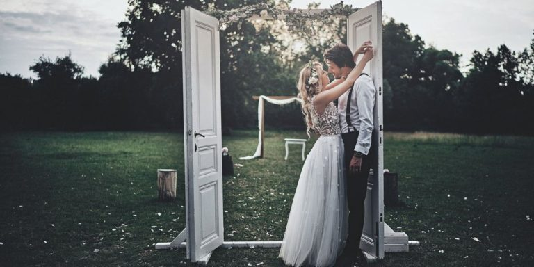 Valentýnská inspirace: co může být větší oslavou lásky? Podívejte se, jak taky můžete pojmout únorovou svatbu