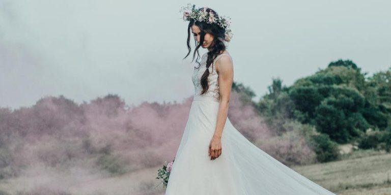 Nevěsta a květiny, to k sobě jednoznačně patří. Nádhernou kytici a květinovou výzdobu svatby vám vyrobí Talpa Flowers