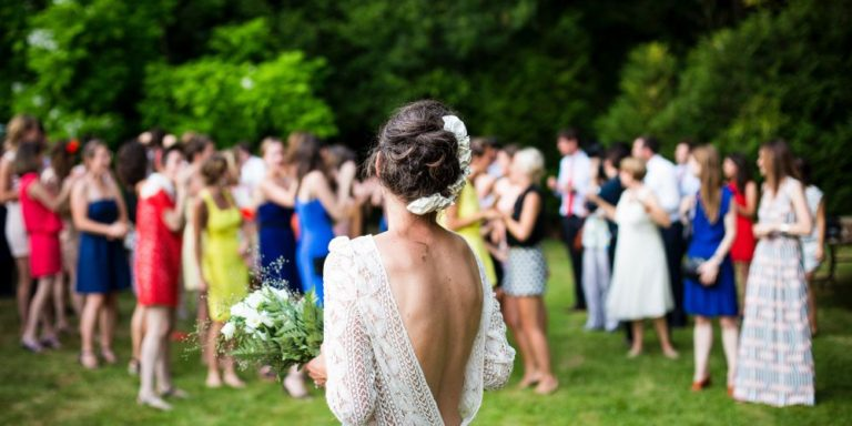 První novomanželský tanec: nezapomenutelný okamžik jen pro vás dva. Poradíme, jakou píseň si vybrat