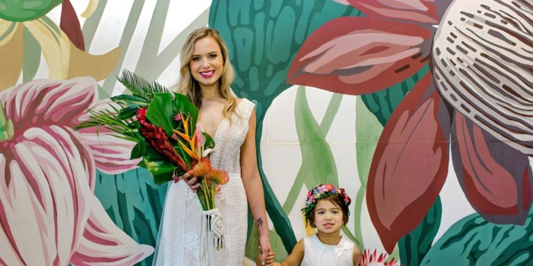 Anna Campbell a její zářivá kolekce svatebních šatů pro něžné a romantické nevěsty