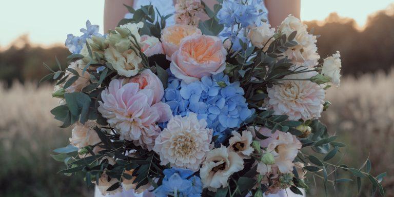"""""""Hitem svatební sezóny 2020 bude čistá krása a elegance,"""" předpovídá Kristýna Toušová,  majitelka svatebního salonu La Rosa"""