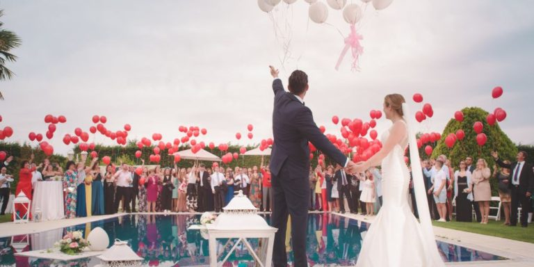 Naplánovat svatbu on-line? Ano, s moderními pomocníky je vše možné