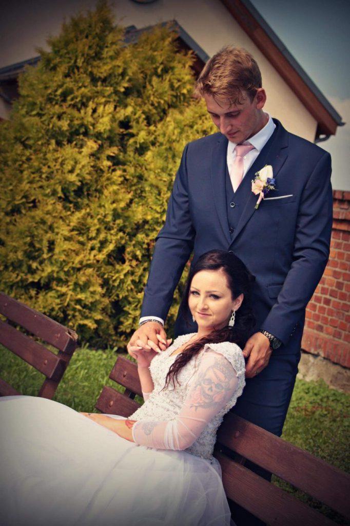 Svatba, novomanželé
