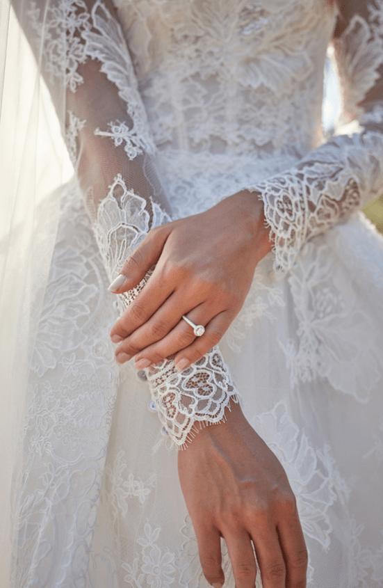 Monique Lhuillier jarní kolekce svatebních šatů 2021