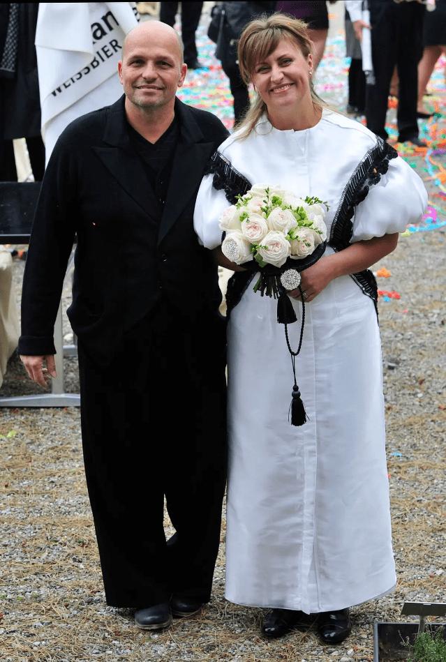 Šílené svatební šaty