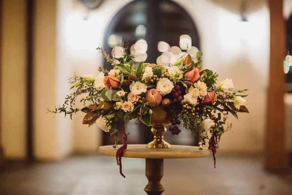 Secesní svatba, květinová dekorace
