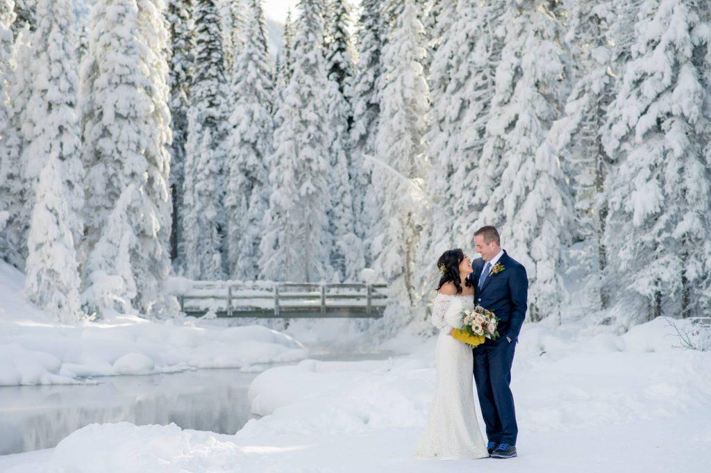 Zimní svatba, svatba na sněhu.