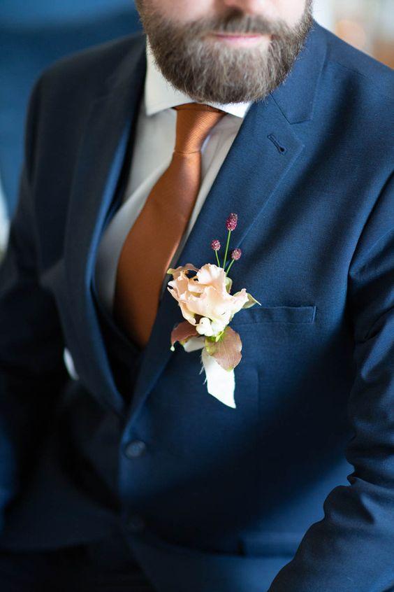 Kravata pro ženicha 2021