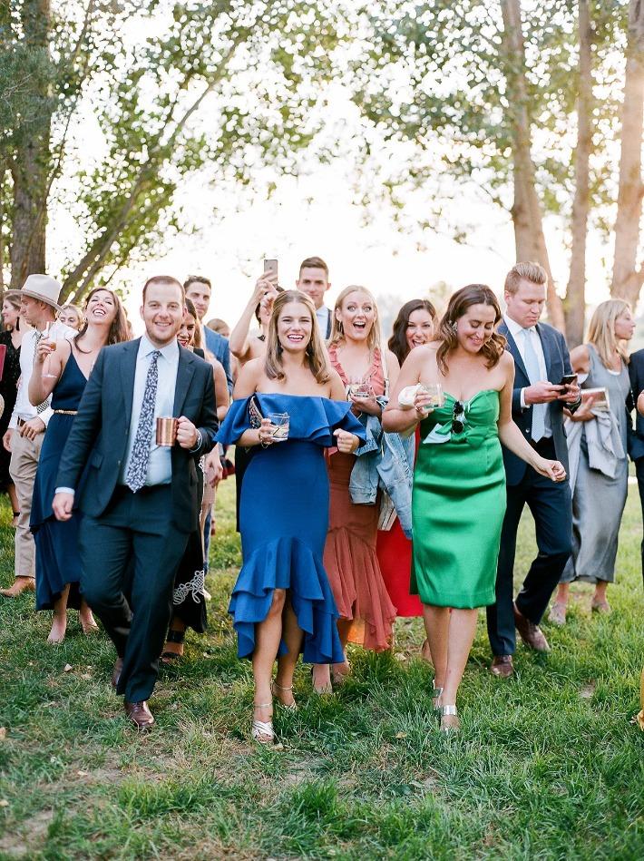 Co si obléknout na svatbu, dress code