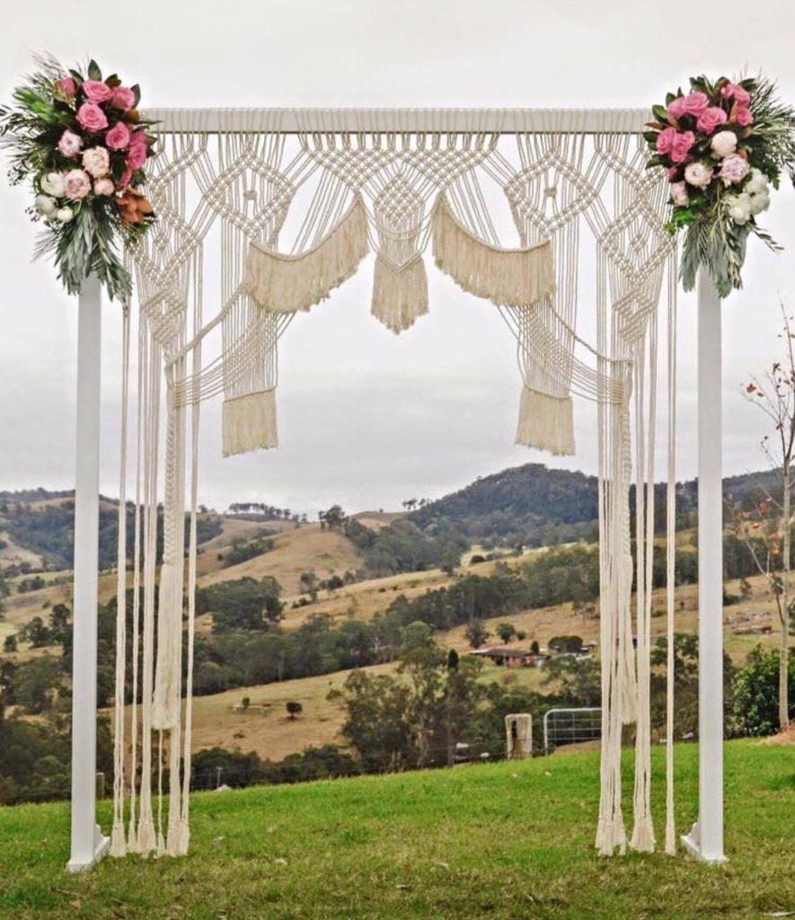 Macramé dekorace na svatbu