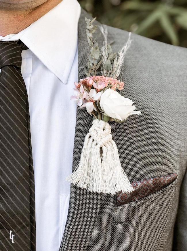 Macramé korsáž pro ženicha