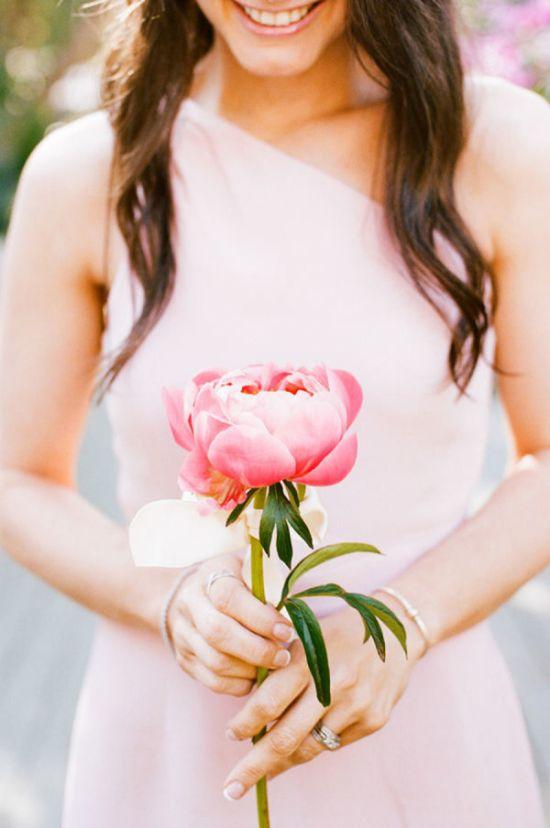 Jarní kytice pro nevěstu
