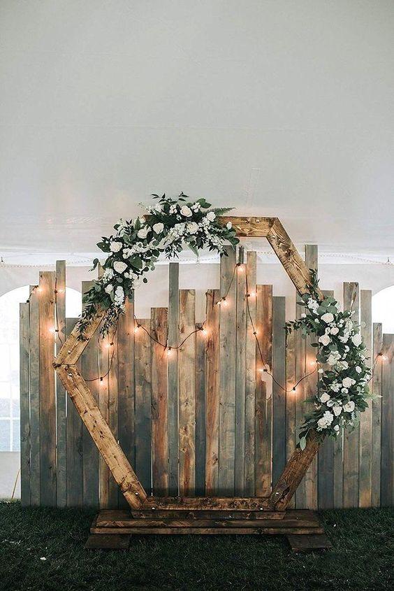 Dřevěné svatební brány