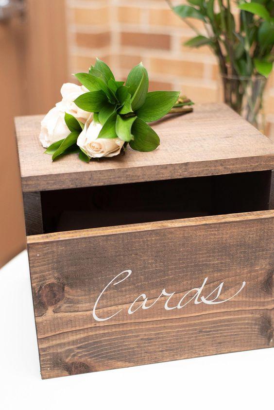 Dřevěné svatební dekorace
