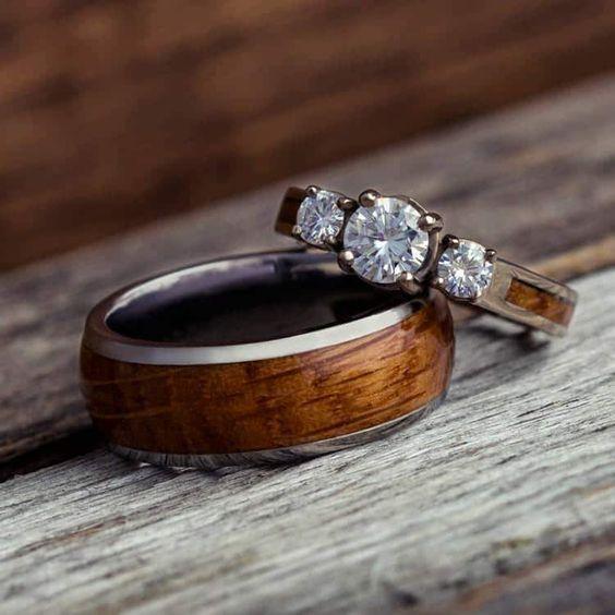 Dřevěné snubní prsteny