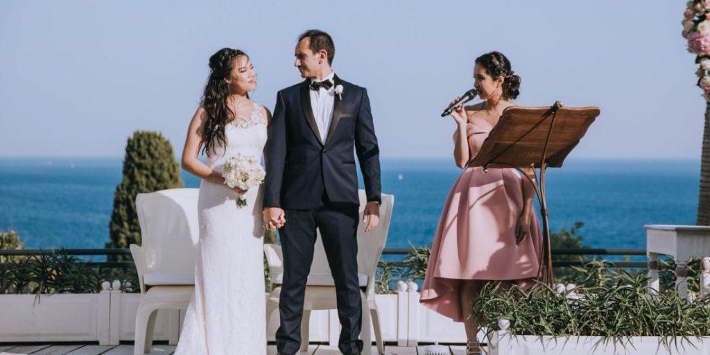 Svatební moderátor ano či ne