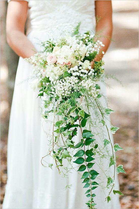 Svěží jarní svatební kytice sezóny 2021