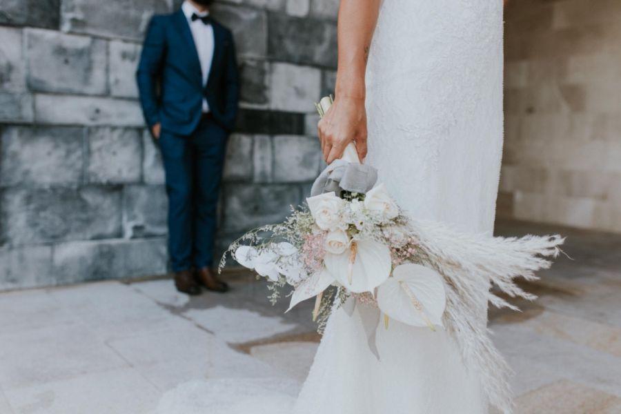 Moderní boho svatební kytice
