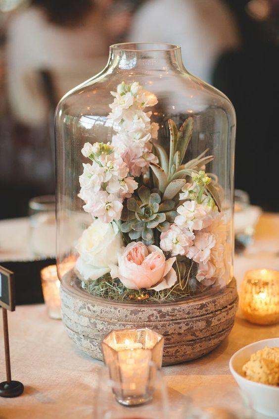 Svatební dekorace na hostinu