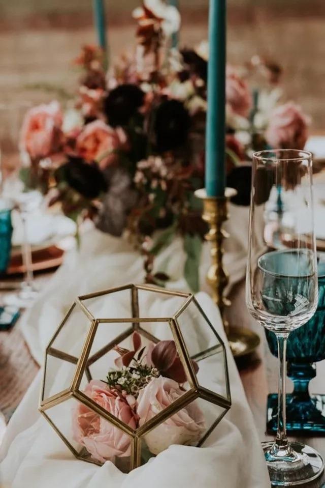 Florárium, výzdoba na svatební hostinu