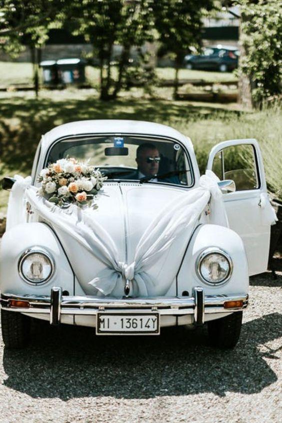 Svatební auto - stuhy