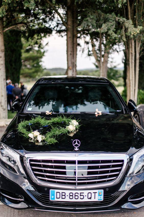 Teleň na auto pro nevěstu