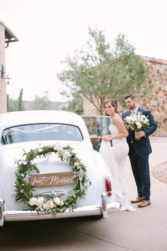 Výzdoba aut na svatbu