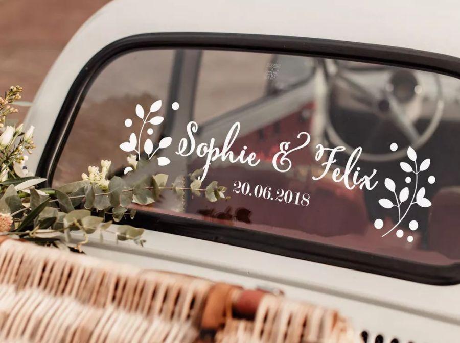 Samolepky na svatební auto