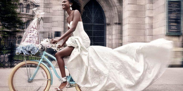 Romantická svatba na zahradě: inspirujte se úspěšným trendem cottagecore