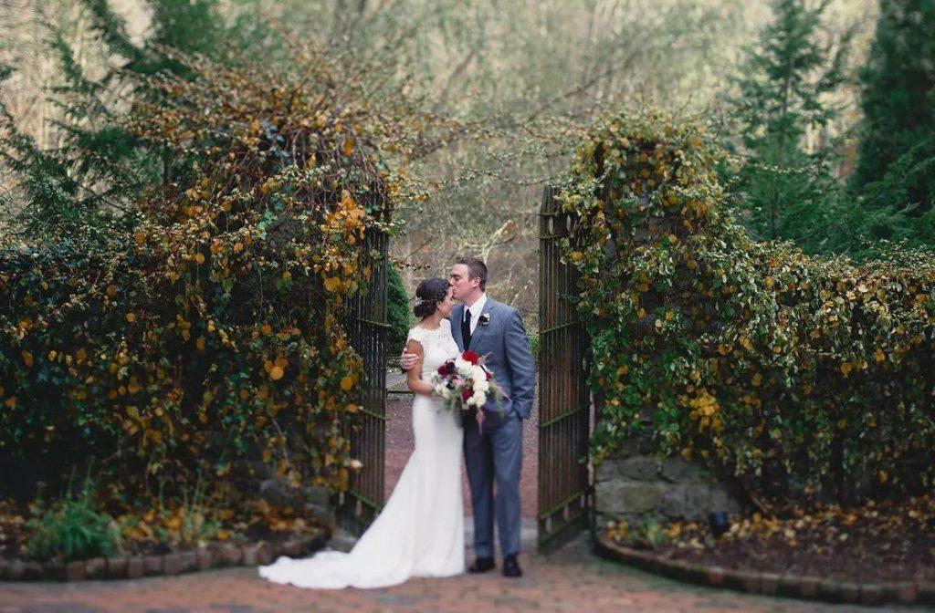 Svatba na zahradě, romantická svatba, přírodní svatba