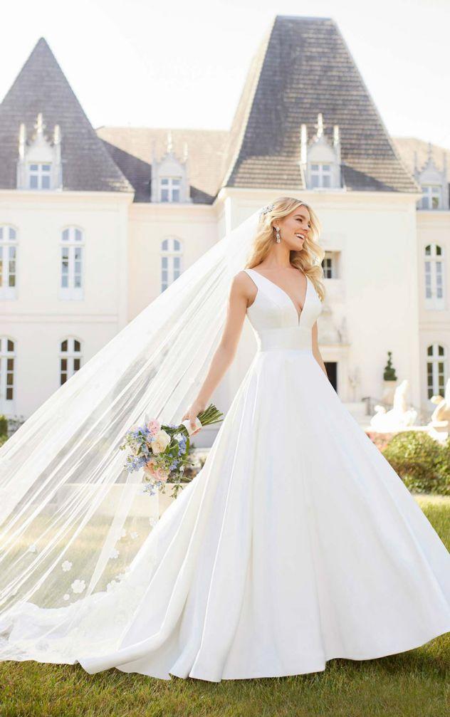 Minimalistické svatební šaty, princeznovské svatební šaty