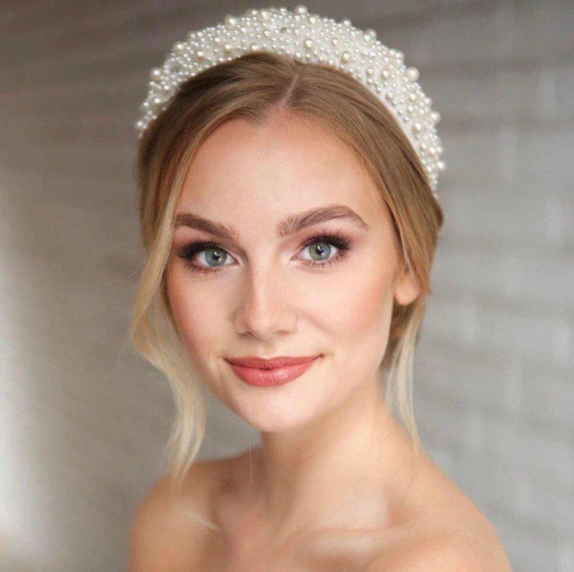 Čelenka do vlasů pro nevěstu