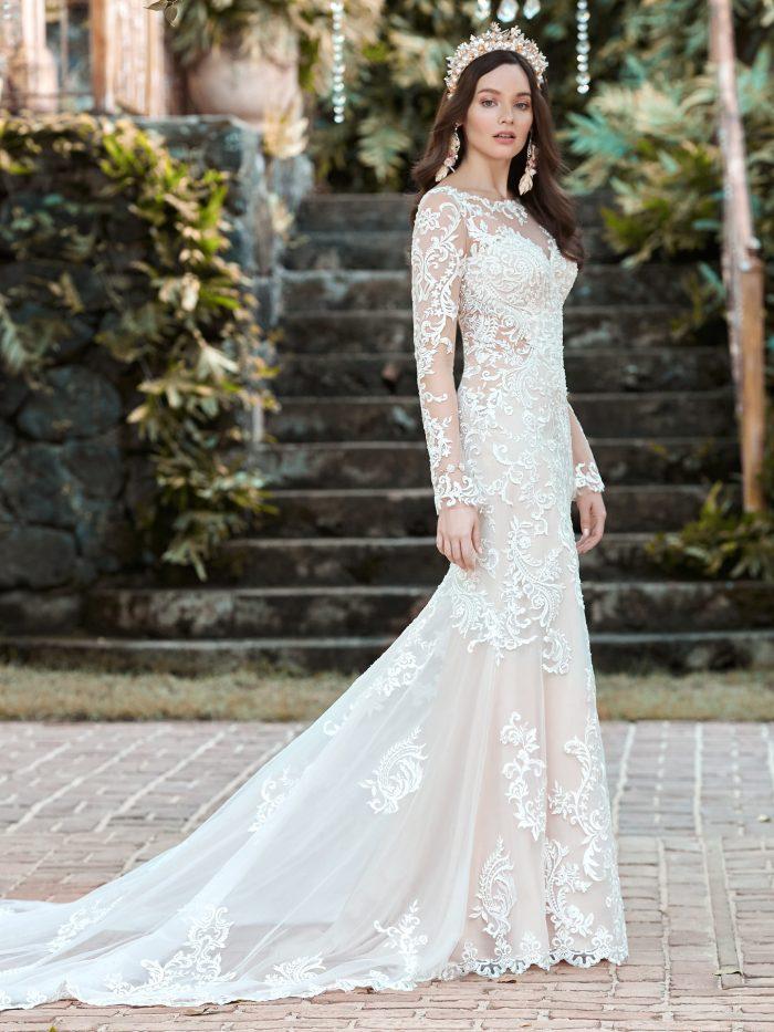 Svatební šaty barvy ivory