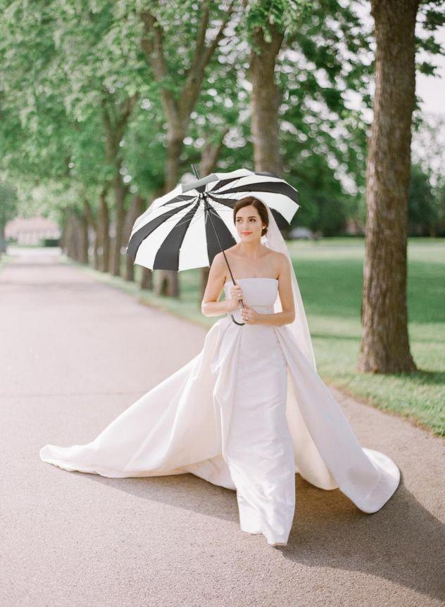 Minimalistické svatební šaty, glamour svatební šaty