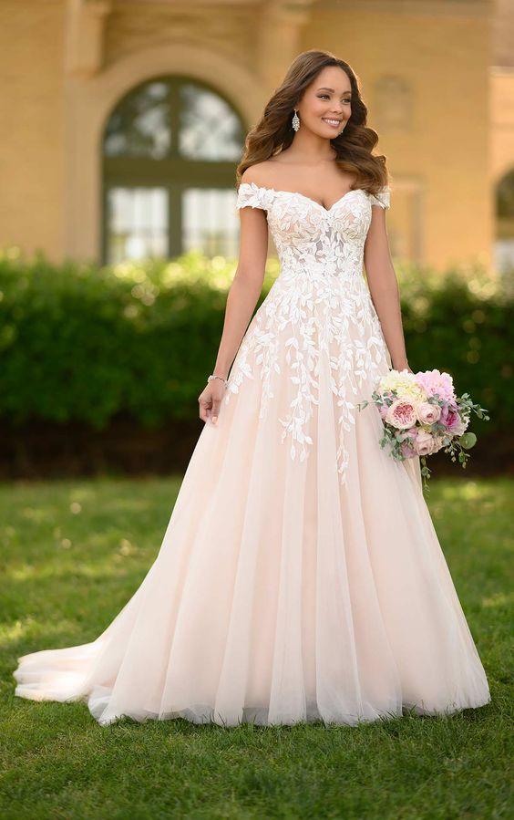 pleťové svatební šaty, blush svatební šaty