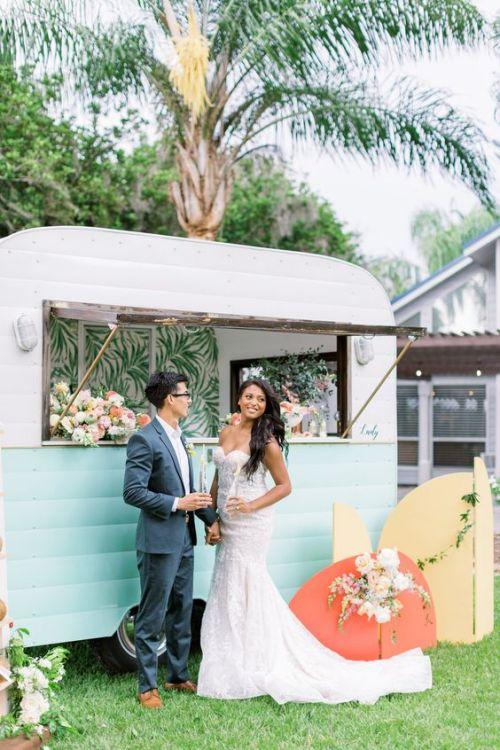 Mobilní bar na svatbu