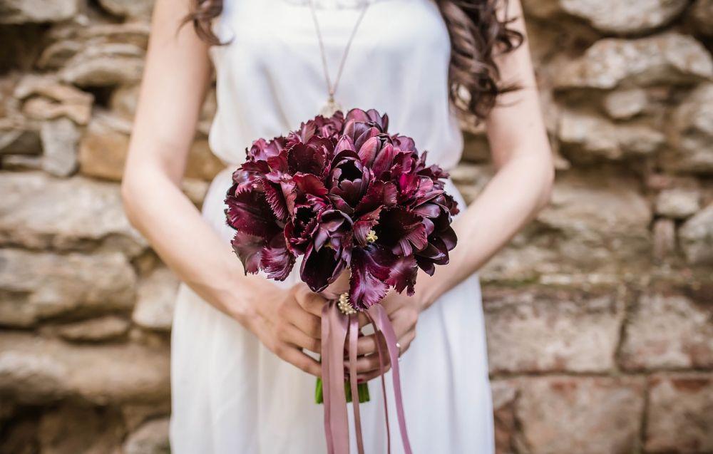 Civilní svatební šaty, které se hodí i po svatbě