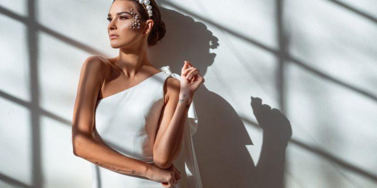 Svatební kolekce Galie Lahav podzim 2021 – to jsou tři slova. Elegantní. Dramatický. Dechberoucí.